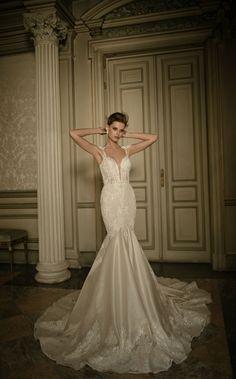 Vestido Berta Bridal com decote - revista icasei (1)