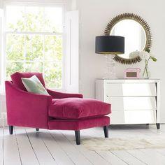 love this chaise.