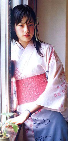 市川実日子 ichikawa mikako yukata 浴衣