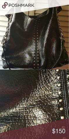 MK purse Beautiful purse used few times with some details MICHAEL Michael Kors Bags Shoulder Bags