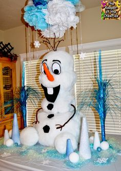Frozen Giant Olaf Table Decor