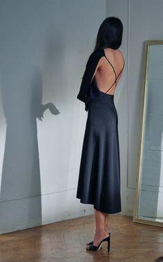 Moda Victoria Beckham, Style Victoria Beckham, Victoria Beckham Collection, Fashion Week, Love Fashion, Fashion Show, Fashion Trends, Kate Middleton, Buy Dress
