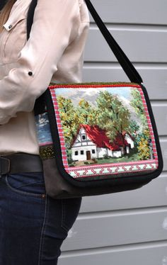Cottage house messenger bag