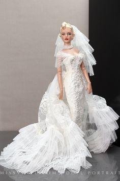 Fashion dolls by Cotho Brabanthallen 24 en 25 oktober 2015 Barbie Bridal, Barbie Wedding Dress, Wedding Doll, Barbie Gowns, Barbie Dress, Barbie Clothes, Bridal Dresses, Wedding Gowns, Indian Wedding Bride