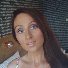 No makeup makeup look! Minimal make-up. Created using Laura Mercier tinted moisturiser and benefit california blush!