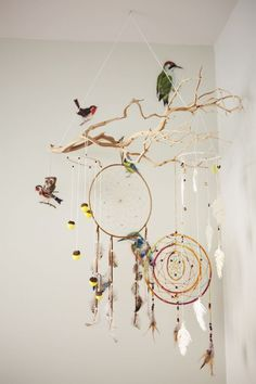 Beautiful Bird and Dream Catcher Mobile DIY