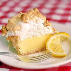 The Very Best Homemade Lemon Meringue Pie - Rock Recipes -The Best Food &… Lemon Desserts, Lemon Recipes, Just Desserts, Pie Recipes, Dessert Recipes, Cooking Recipes, Cooking Food, Cooking Tips, Asian Desserts