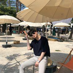 - Boys - #FollowMe :3 Korean Boys Ulzzang, Cute Korean Boys, Ulzzang Boy, Asian Boys, Asian Men, Korean Girl, Korean Fashion Men, Boy Fashion, Fashion Photo