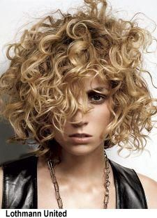 Short curly haircuts make sophisticated and stylish look to women's appearance. In this article you will find 20 New Short Curly Hair Styles that we chose for. Short Blonde Curly Hair, Short Curly Haircuts, Curly Hair Cuts, Curly Bob Hairstyles, Short Hair Cuts, Curly Hair Styles, Curly Short, Blonde Hairstyles, Wild Hairstyles