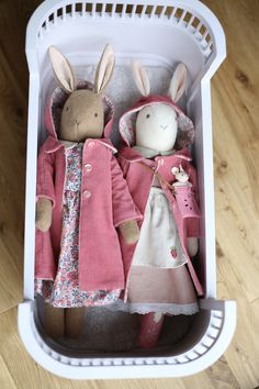 """Bunnies in coats - don't have """"dolls"""" around Ellie's house, but different bunnies. Have a little cot where the bunnies sleep somewhere in Ellie's room Sock Dolls, Felt Dolls, Doll Toys, Rag Dolls, Crochet Dolls, Paper Dolls, Pet Toys, Baby Toys, Maileg Bunny"""