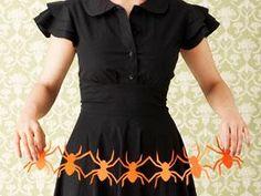 DIY Halloween : DIY Spooky Paper Cutouts