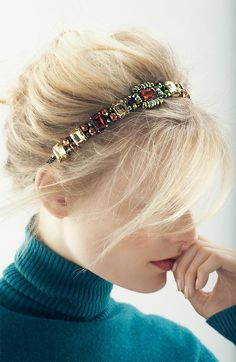 Find similar styles at my boutique & learn how to transform necklaces into headbands...LOVELOVELOVE http://www.fashiondivadesign.com/amazing-diy-headband-tutorials/