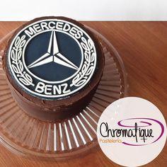 Mercedes Benz cake (Torta de Mercedes Benz) https://www.facebook.com/ChromatiquePasteleria