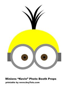 Minions Party Booth Props Free Printables + Balloon Tower - Any Tots Minion Theme, Minion Birthday, Minion Party, Minion Photo Booth, Photo Booth Props, Kid Party Favors, Party Props, Party Ideas, Party Hats