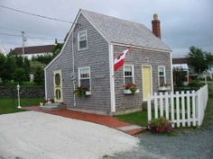 Brigus, Newfoundland and Labrador, Canada - City, Town and Village of the world Newfoundland Canada, Newfoundland And Labrador, Saltbox Houses, Canada Travel, House Design, Salt Box, Yellow Doors, City Scapes, Log Cabins