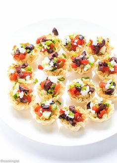 Mediterranean Phyllo Cups bite sized appetizer, easy to make with just a few store bought ingredients.Cute, delicious,perfect for a party. Phyllo Appetizers, Veggie Appetizers, Bite Size Appetizers, Finger Food Appetizers, Finger Foods, Appetizer Recipes, Wine Recipes, Paleo Recipes, Snack Recipes