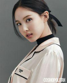 Kpop Girl Groups, Korean Girl Groups, Kpop Girls, Twice Photoshoot, Twice Once, Nayeon Twice, Minatozaki Sana, Im Nayeon, Dahyun