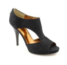Ellen Tracy Shoes. Perfect Choice for Every Woman