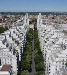 Gratte-Ciel district in Villeurbanne, France. One of the coolest looking neighborhoods in the entire EU as far as I know. Versailles, Lyon City, Saga Harry Potter, Places To Travel, Places To Visit, Lyon France, Rhone, Europe Destinations, Urban Planning