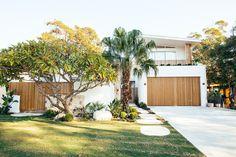 The Block, Facade House, House Facades, House Exteriors, House Ideas, Dream House Exterior, Beach Shack, House Front, Exterior Design