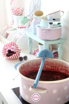 homemade jam, Syl loves, pink, pastel, mint, blue, vintage, enamel, kitchen