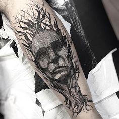Man and nature #eletricink @inkonik_tattoo_studio