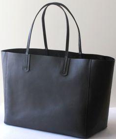 Etsy - Achetez des cadeaux faits main, vintage, personnalisés et uniques  pour tout le monde. Sac Cabas Cuir NoirSacs ... 931c08588e6
