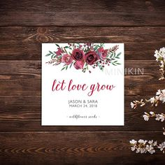 25 x seed packet wedding favors personalised with your names and wedding date. These White seed bags have a gummed / licknstick back seal and you can fill them with any type of seeds you like (no seeds are included). Personalised wedding seed packets make the perfect wedding favor for