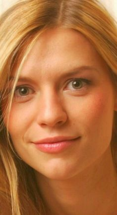 Gorgeous Hair, Gorgeous Women, Carrie Mathison, Close Up Faces, Claire Danes, Exotic Women, Bright Eyes, Beautiful Actresses, Natural Makeup