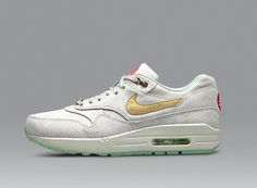 brand new 8e411 d62a4 nike wmns air max 1 year of the horse nike store release info 02 Nike WMNS Air  Max 1 – Year of the Horse