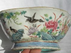 Tongzhi M&P Famille Rose 5 Lobbed Footed Bowl Beautifully Painted 6 3/4""