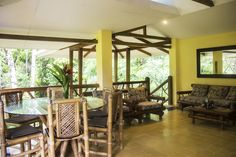 Monos Locos House perfect to enjoy your vacation in the rainforest. info@portasol.cr +506 2787 5020