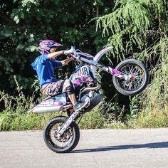 Summer time => wheelie time  #vmretards #wheelie #wheelietime #wheelies #ktm #exc #ktmexc #ktmexc450motard  #supermoto #pimpstarlife #dystarmx : @vmr_official  Tag your pics and videos with @wheelsguru  to be featured.   Follow #wheelsguru @shahnawazkarim  get latest updates on wheelsguru.com  #Bikerni #instamoto #Girlsthatride #BikeLife #bikerchick #bikergirlsofinstagram #bikersofinstagram  #girlsthatridemotorcycle  #sportbike #motorcycle #motorcycles #streetbike #bikelife