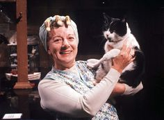 RIP Hilda Ogden: Coronation Street actress Jean Alexander dies three days after birthday - Mirror Online Kevin Webster, Michael Le Vell, British Drama Series, Coronation Street Spoilers, Stars Play, Strong Character, Cat People, Almost Famous