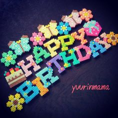 Happy Birthday & presents Melty Bead Designs, Melty Bead Patterns, Pearler Bead Patterns, Perler Patterns, Beading Patterns, Diy Perler Beads, Perler Bead Art, Pearler Beads, Beaded Banners