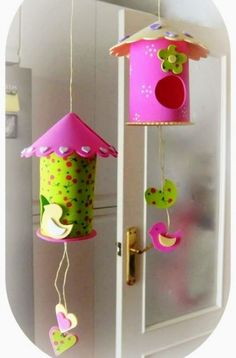 43 Breathtaking and ready-to-use DIY birdhouses for your beloved birds - MyKing . Kids Crafts, Foam Crafts, Easter Crafts, Diy And Crafts, Rolled Paper Art, Bird Houses Diy, Toilet Paper Roll Crafts, Art N Craft, School Decorations