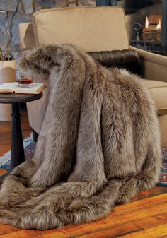 Wolf Limited Edition Faux Fur Throws Donna Salyersu0027 Fabulous Furs Worldu0027s  Finest Faux Fur