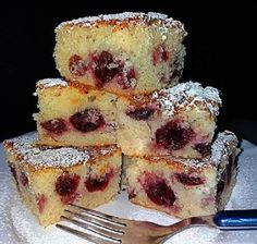 Cherry Cake, Hungarian Recipes, French Toast, Cheesecake, Muffin, Paleo, Food And Drink, Yummy Food, Sweets
