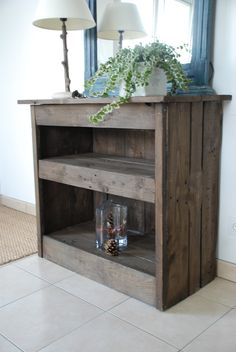 Entrance furniture made of wood pallets: Furniture and storage by workshop-quatrecoeurs Source by qcoeurs Hall Furniture, Wood Pallet Furniture, Wood Pallets, Furniture Making, Pallet Wood, Pallet Projects Diy Garden, Wood Projects, Decoration Palette, Wood Storage
