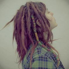 Such a beautiful head of dreads! And I love the dread-wrap. From lazyeye Pretty Dreads, Beautiful Dreadlocks, New Dreads, Dreads Girl, Dreadlock Hairstyles, Messy Hairstyles, Dread Wraps, Dread Accessories, Hair Wrap Scarf