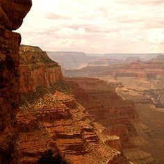 5 best hikes in Grand Canyon National Park.having lived at Grand Canyon NP for ten glorious years, I can honestly say EVERY hike in the canyon is the best hike! Grand Canyon Hiking, Trip To Grand Canyon, Camping And Hiking, Hiking Trails, Backpacking, Rv Camping, Outdoor Camping, Wyoming, Places To Travel