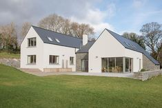 Modern house ireland for sale hiqra di 2019 архитектура дома Rural House, Bungalow House Plans, Bungalow House Design, Modern Bungalow, Modern Farmhouse Design, Modern House Design, Ireland Homes, House Ireland, House Designs Ireland