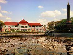Tugu Malang, Jawa Timur