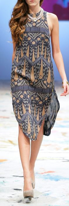 Love this dress--the colors, the style. - the pattern reminds me of the Egyptian influenced bathing suit.
