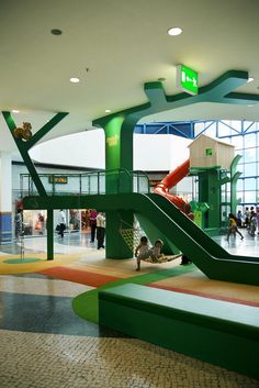 MAIALAND is a playground designed by Studio Dass, inspired by nature and forest. The theme of the nature and the design of the playground reflect the local Kids Indoor Playground, Playground Design, Children Playground, Best Indoor Trees, Indoor Slides, Kindergarten Design, Centre Commercial, Interactive Activities, Sensory Activities