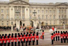 london buckingham palace guards - Google Search