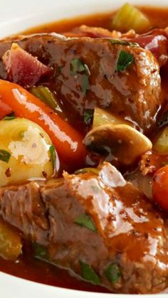 Slow-Cooker Classic Beef Stew ~ A deeply flavoured beef stew that is fork tender with a rich sauce from slow-cooked vegetables and wine. The delicious aroma will fill your house with mouthwatering anticipation.