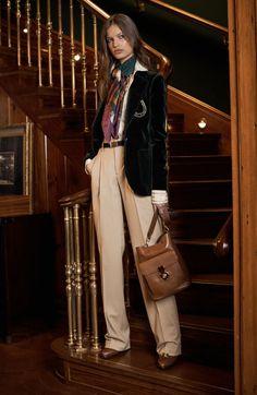 Ralph Lauren #VogueRussia #prefall #fallwinter2017 #RalphLauren #VogueCollections