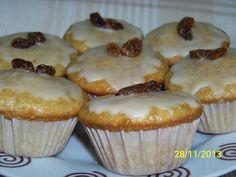 Recetas a la Verónica: Muffins Integrales Decorados con Alcorza de Azahar y Pasas