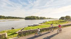 Vélo tourisme - France, Pays de la Loire Rando Velo, Saumur, Beaux Villages, Countryside, Cycling, Bicycle, Tours, Bike Rides, Travel